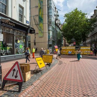 Temple Street utility works overflows into New Street - not much