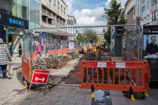 Current end (at Union Street) of trenching in High Street.